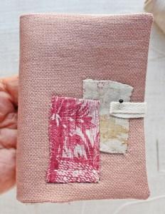 needle book : button location