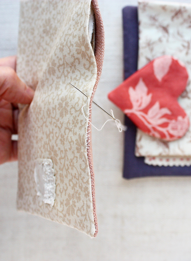 needle book tutorial :stitch closed