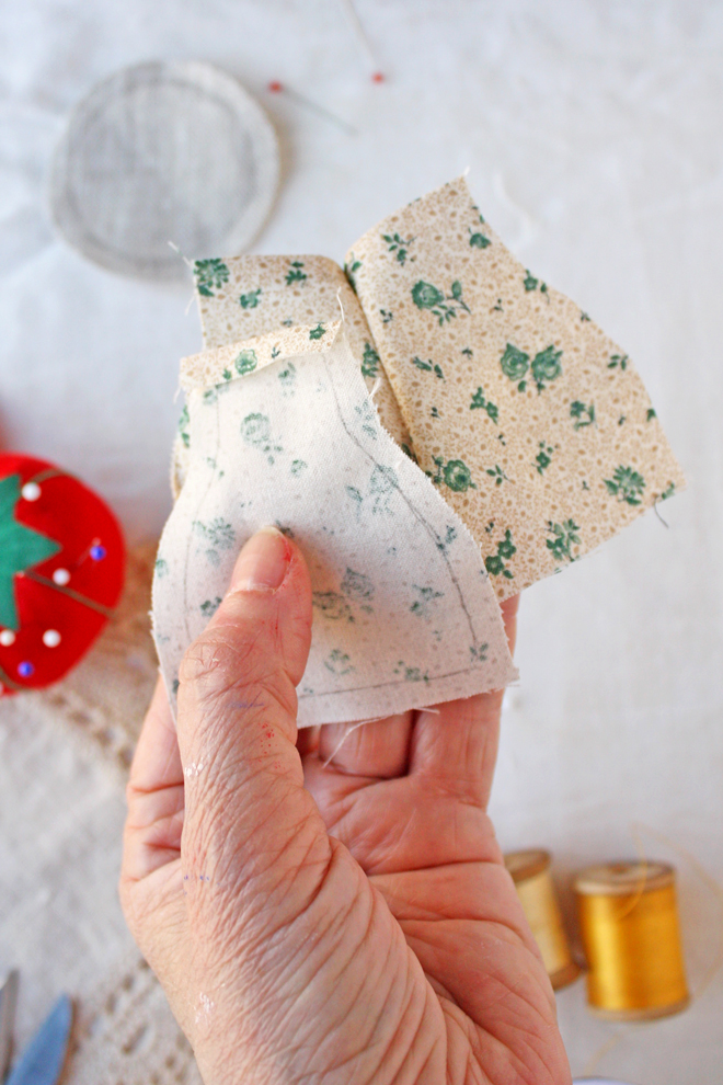 pin cushion made from scraps- diy
