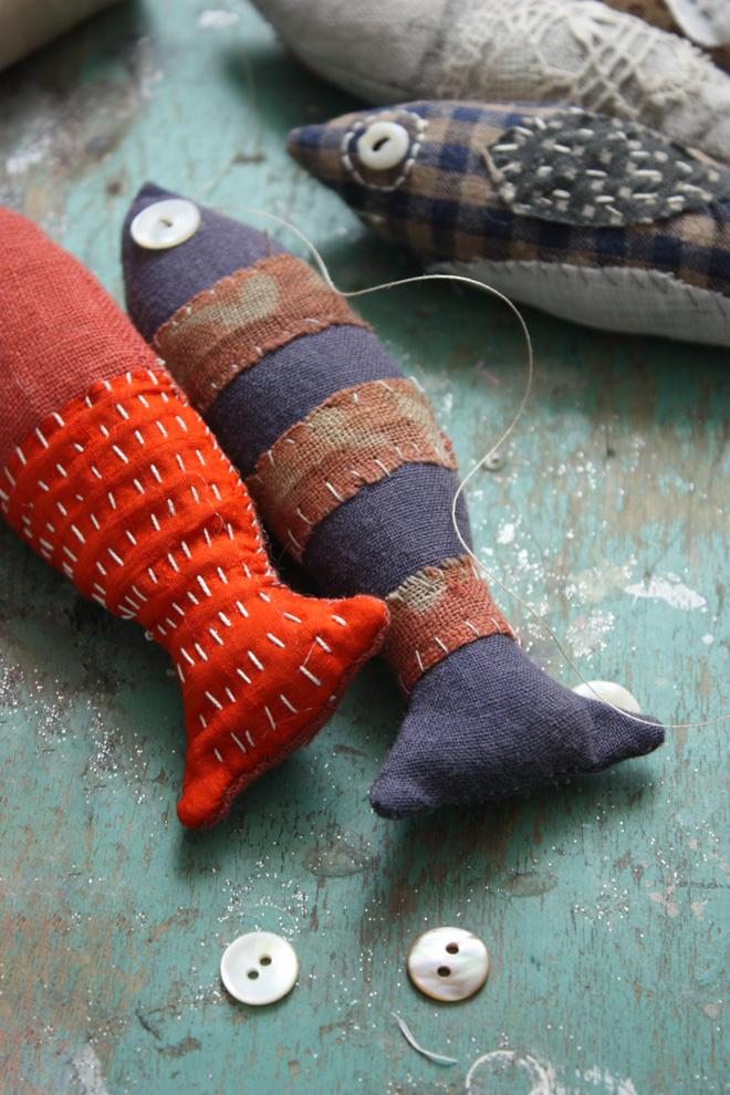adding stitch details to fish