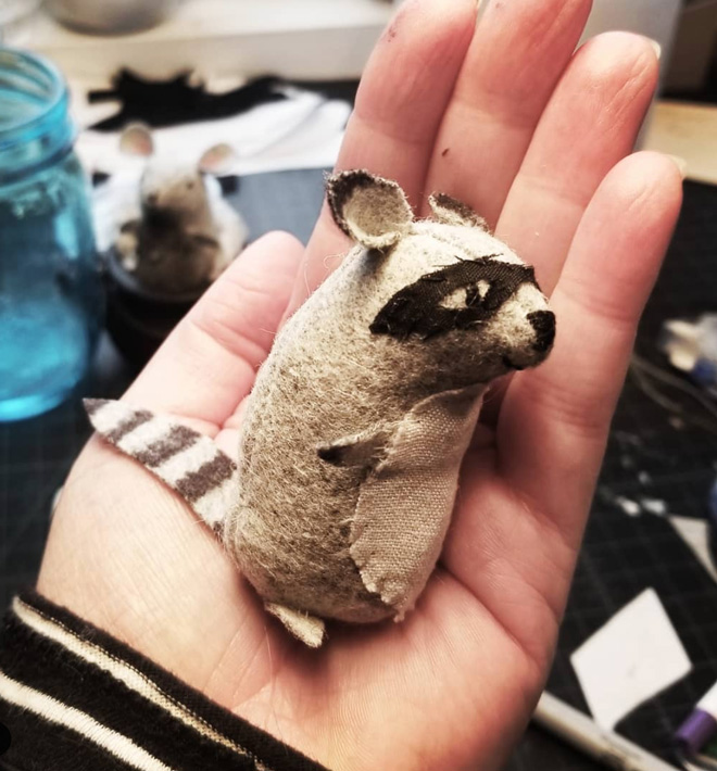 tiny felt raccoon made form the very nice mice pattern