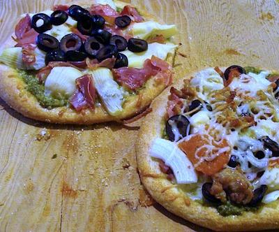 homemade-mini-pizzas