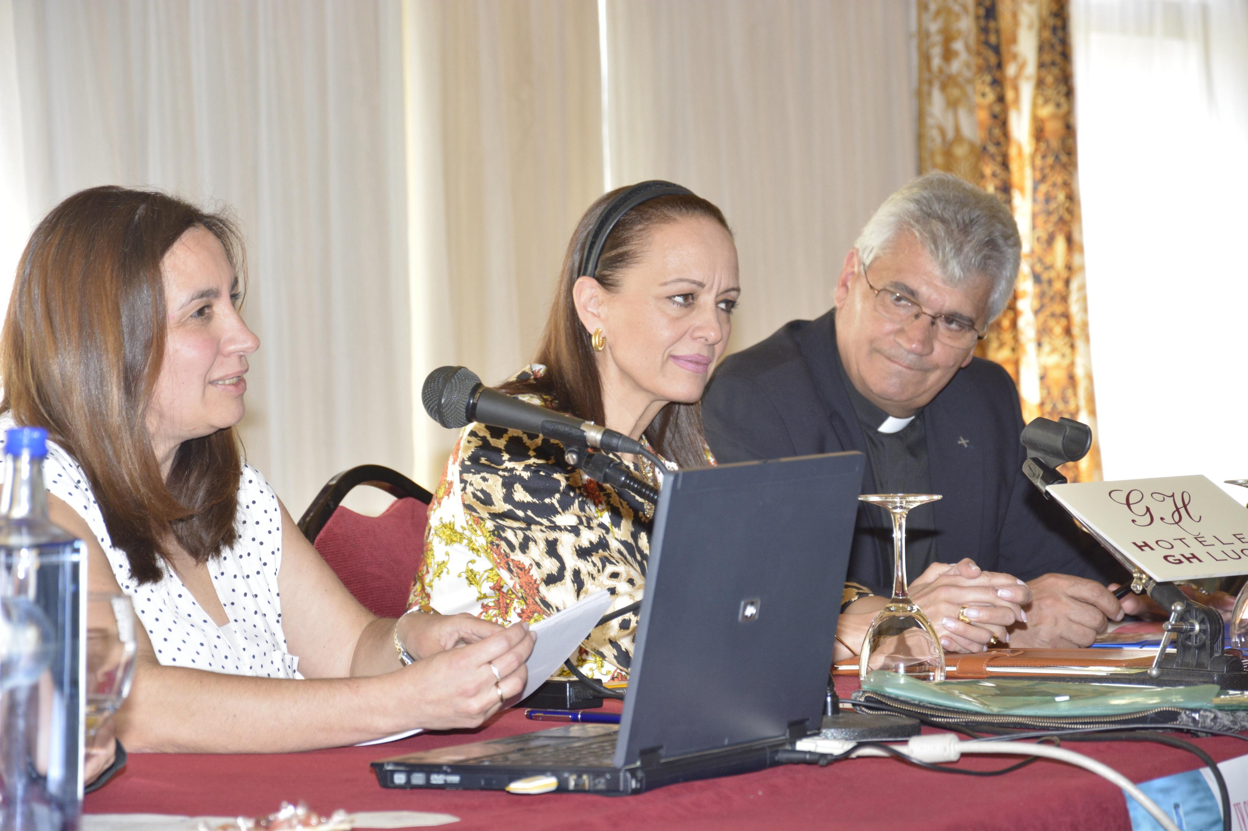 Ana Veiga,  Enyd Fernández y Mario Vázquez
