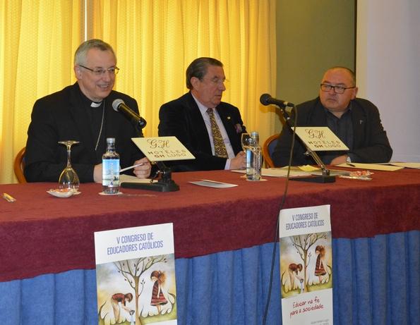 Congreso Educadores Católicos mesa