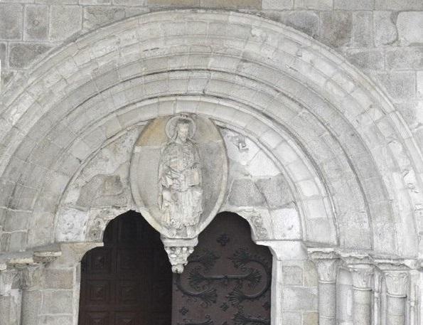 Porta-Norte-Catedral-de-Lugo