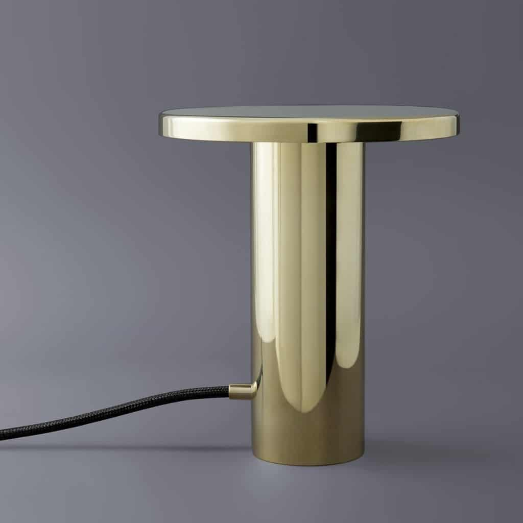 RH4CdJqASmC3mtWhE0X8_brass-table-lamp.jpg