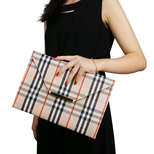 spring-plaid-clutch-purse