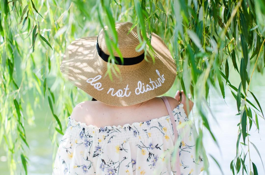 do not disturb sun hat