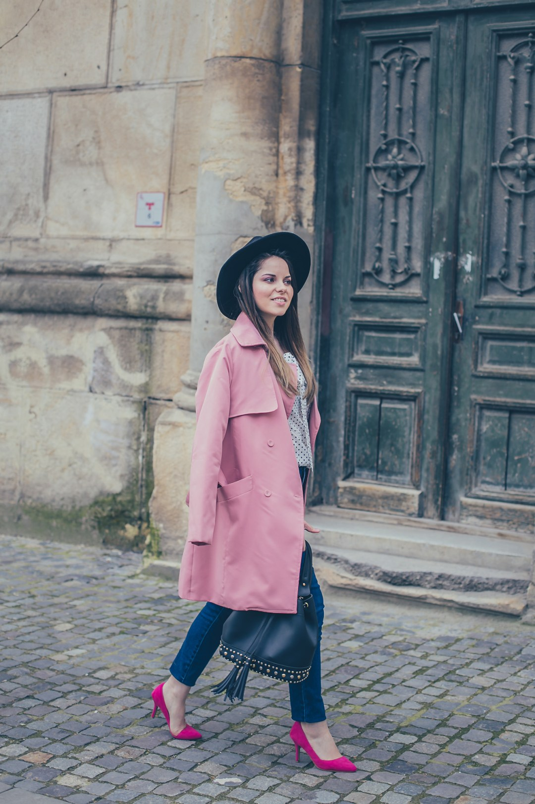 zaful pink trench coat and black hat