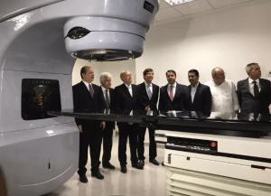 Novo aparelho de radioterapia é entregue para tratar pacientes com câncer em Alagoas