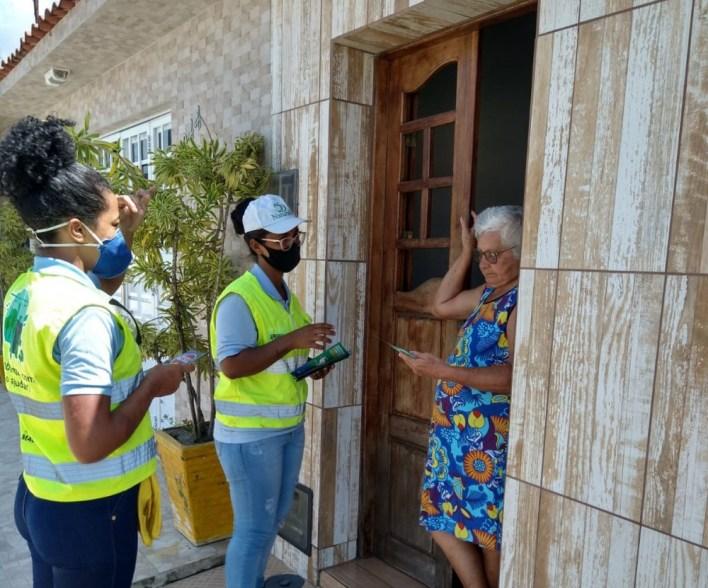 Jovens aprendizes da Naturalle dão apoio nas ações. Foto: Ascom Sudes