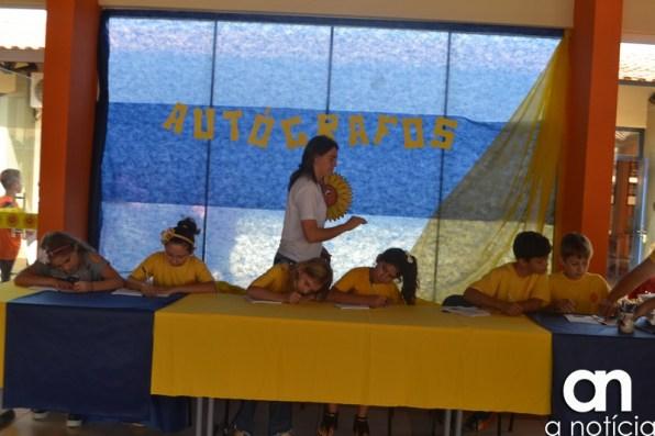 lançamento livro escola girassol (133)