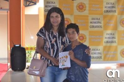 lançamento livro escola girassol (152)