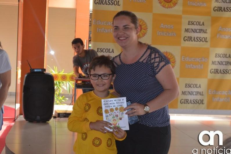 lançamento livro escola girassol (42)