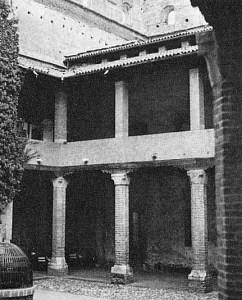Cortile Castello Inferiore