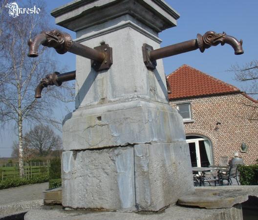 Ref. 15 - Bronzen waterspuwer