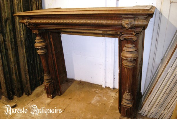 Ref. 13 – Antieke houten schouwmantel