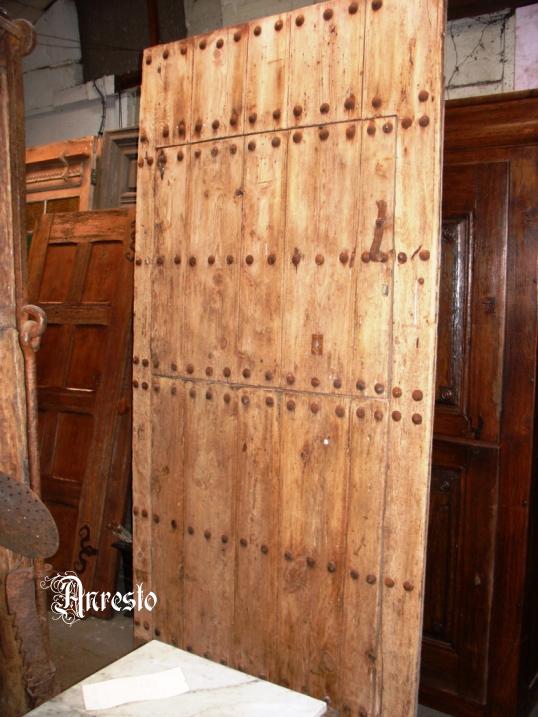Spaanse landelijke poortdeur met kader