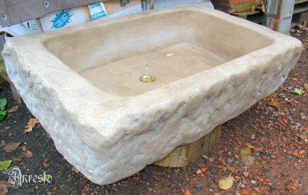 Ref. 14 – Spoelbak in Bourgondische steen - Anresto keuken ontwerp