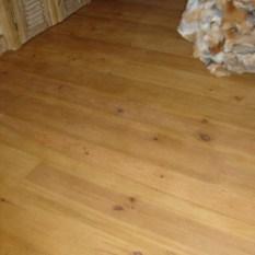 Ref. 18 – Plancher in pitch pine vloer