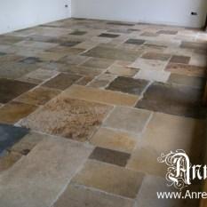 Ref. 15 – Antiek middeleeuwse Bourgondische vloer restaureren