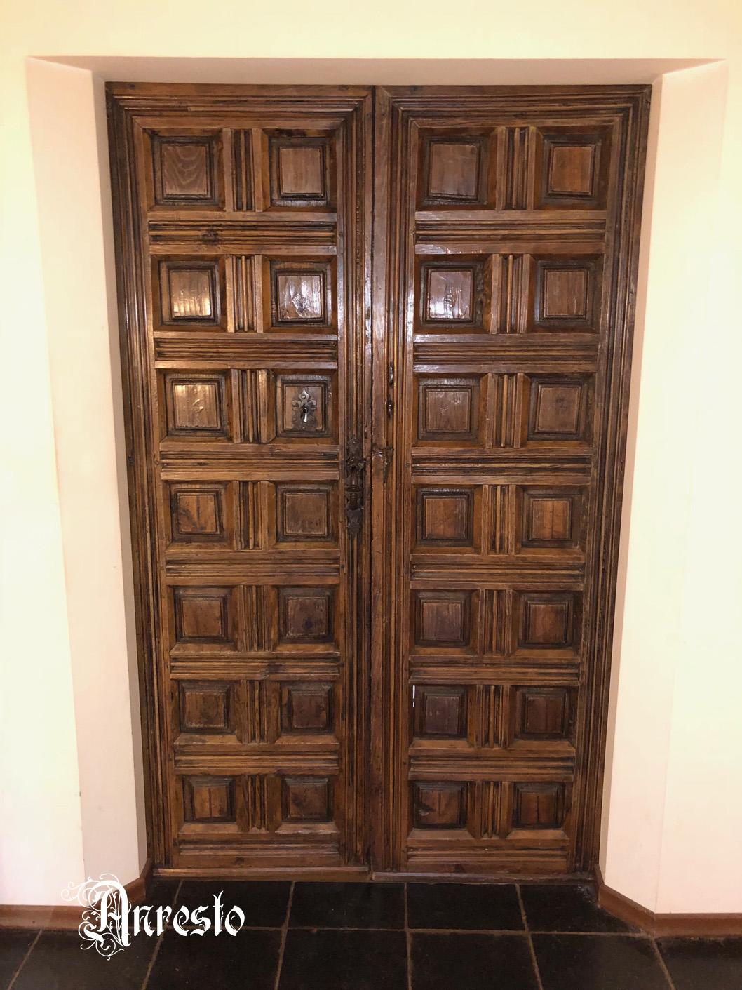Ref. 42 – Oude antieke Spaanse dubbele deur