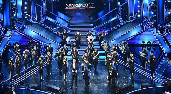 Sanremo 2021, vincono i Maneskin con il brano Zitti e buoni. Ascolti: 13,2  milioni e 49.9% per la prima parte - Sanremo Notizie - ANSA.it