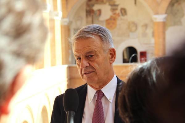 Il ministro Clini in una foto d'archivio