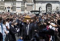 I funerali di bud spencer (ANSA)