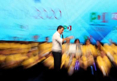 Renzi, provano riscrivere passato,noi scriviamo futuro (ANSA)