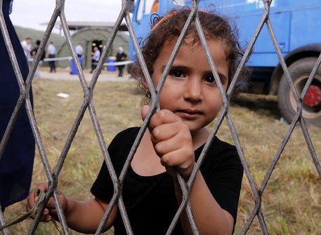 Una bambina rifugiata in Croazia © EPA