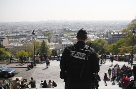 La Francia blindata al voto con la paura di altri attacchi © AP