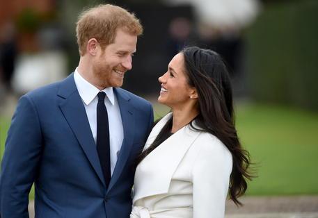 Harry e Meghan rinunciano ai titoli di altezze reali © EPA