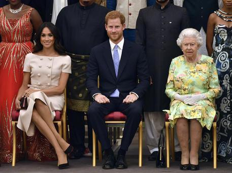 Gb: Harry e Meghan rinunciano a status di reali © AP