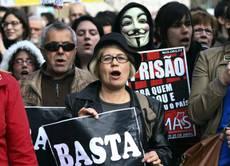 Portogallo: marea umana contro l'austerity