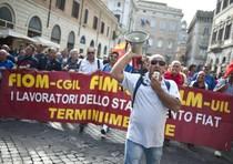 Operai Fiat a Roma, centro in tilt
