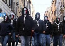 Tensione a Roma davanti  sede Ue in centro (da sito Casapound)