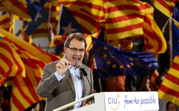 Catalonia's regional president Artur Mas during an election rally