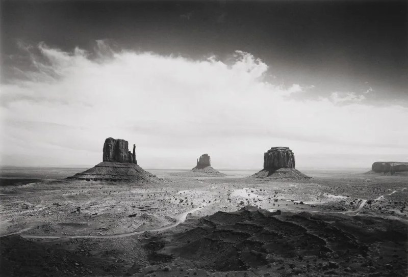 Bob Kolbrener - Clearing Storm, Monument Valley - Original Photograph for Sale