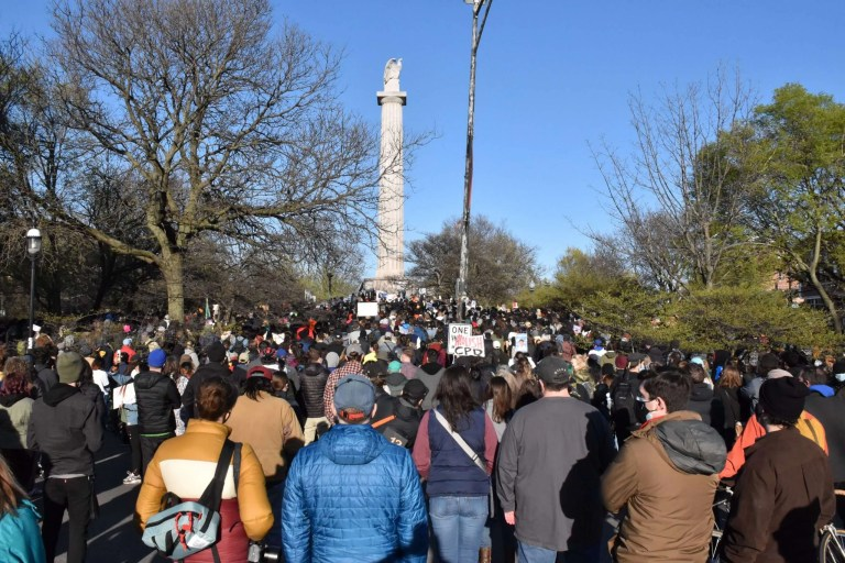 Image of a crowd gathering at Logan Square in Chicago to protest the murder of Adam Toledo