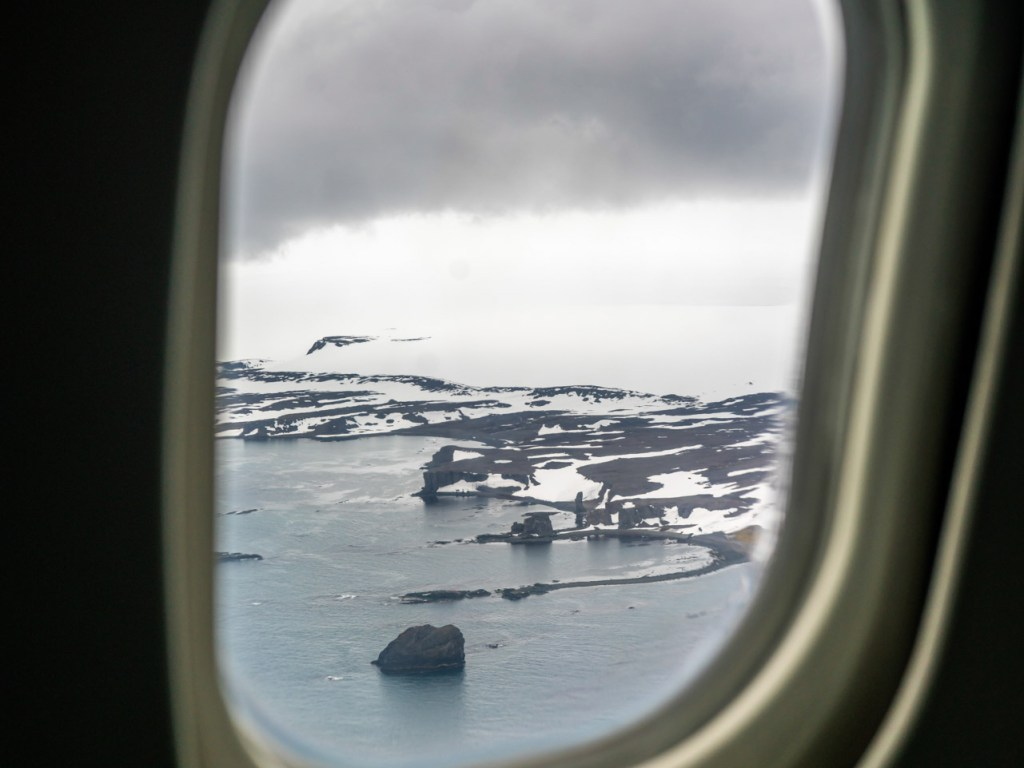 Antarctic flight landing in Antarctica. Photography by Carlos Machuca on a Classic Antarctica Air-Cruise.