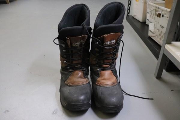 brown-polar-baffin-boots