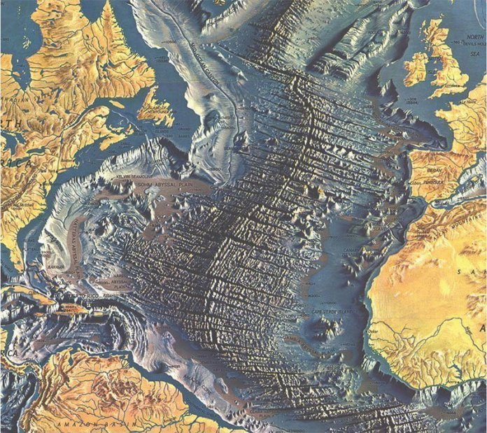 Atlantic Ocean Floor