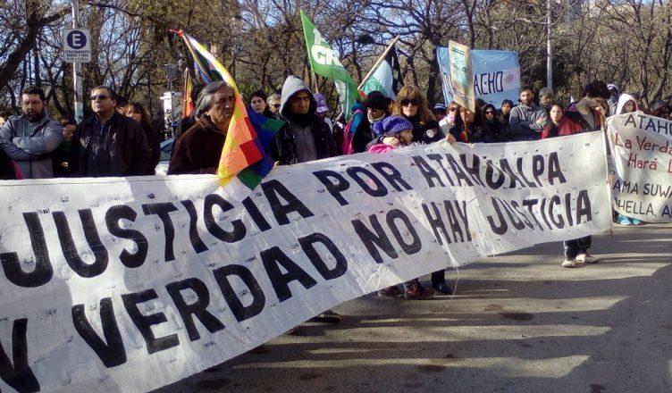 Una de las tantas marchas que realizaron los familiares para pedir el esclarecimiento del asesinato. Foto: esto que pasa