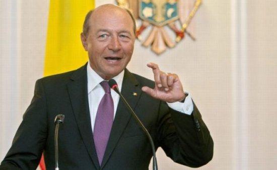 Secvenţial. 187 ani de închisoare pentru infracţiunile comise de preşedintele Băsescu  418