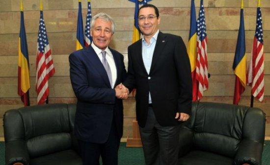 Premierul Ponta s-a întâlnit cu Secretarul american al Apărării, Chuck Hagel, la baza militară Mihail Kogălniceanu din Constanţa 407