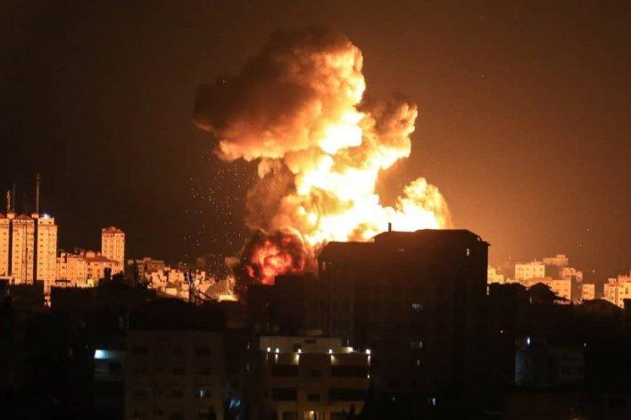 Haosul continuă în Israel. Țara Sfântă este atacată acum și din Liban