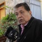 ÚLTIMA HORA  Ex presidente peruano Alan García se disparó en la cabeza tras recibir una orden de arresto