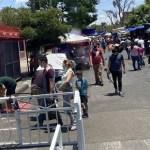 Abarrotan tianguis de El Baratillo en Guadalajara