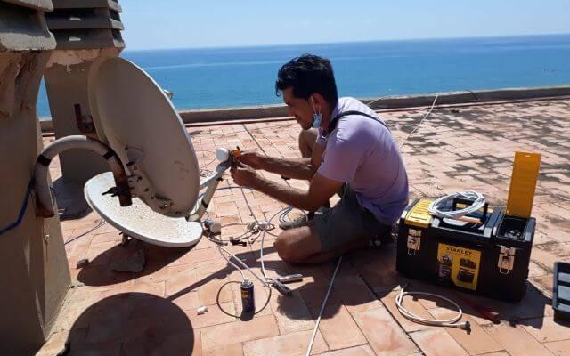 Instalación y orientación antenas parabolicas